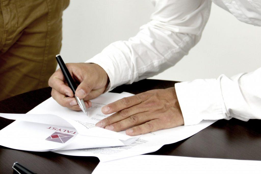 signature des documents de vente immobilière entre particuliers