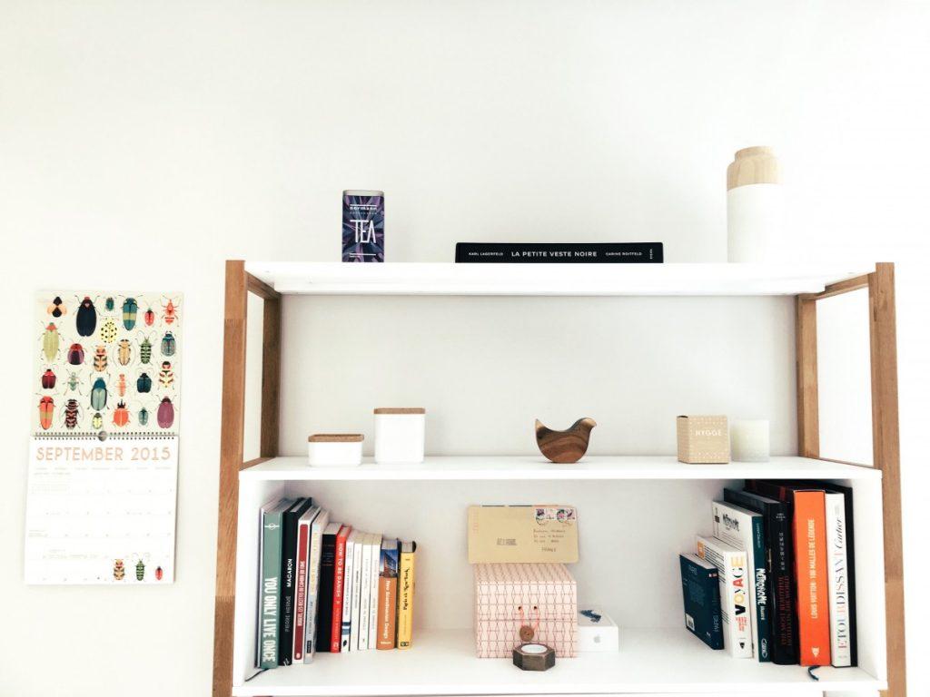 rangement minimaliste pour un petit studio