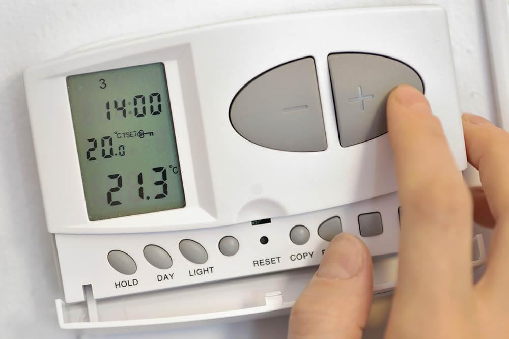 Comment mettre en marche son thermostat programmable?